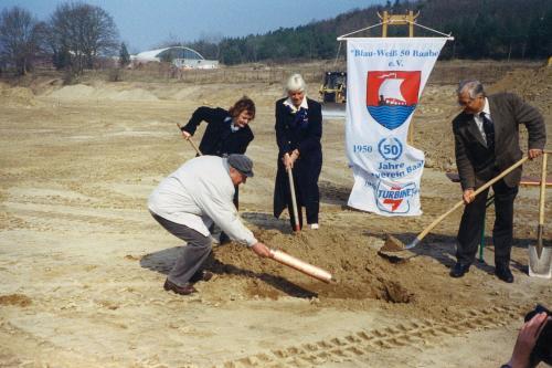 Grundsteinlegung zum Stadionumbau 14.4.2003