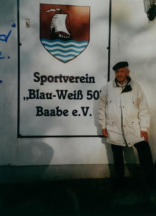 Günter Bull