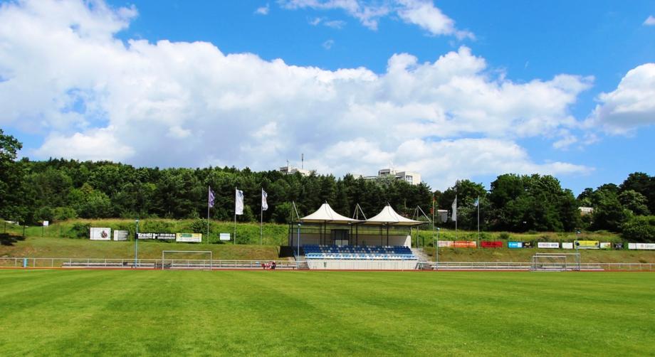 Stadion Blau-Weiß 50 Baabe